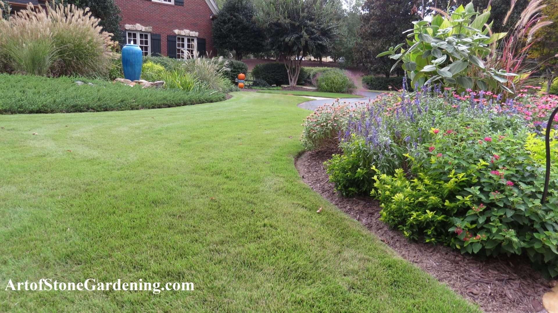 Edging landscape beds