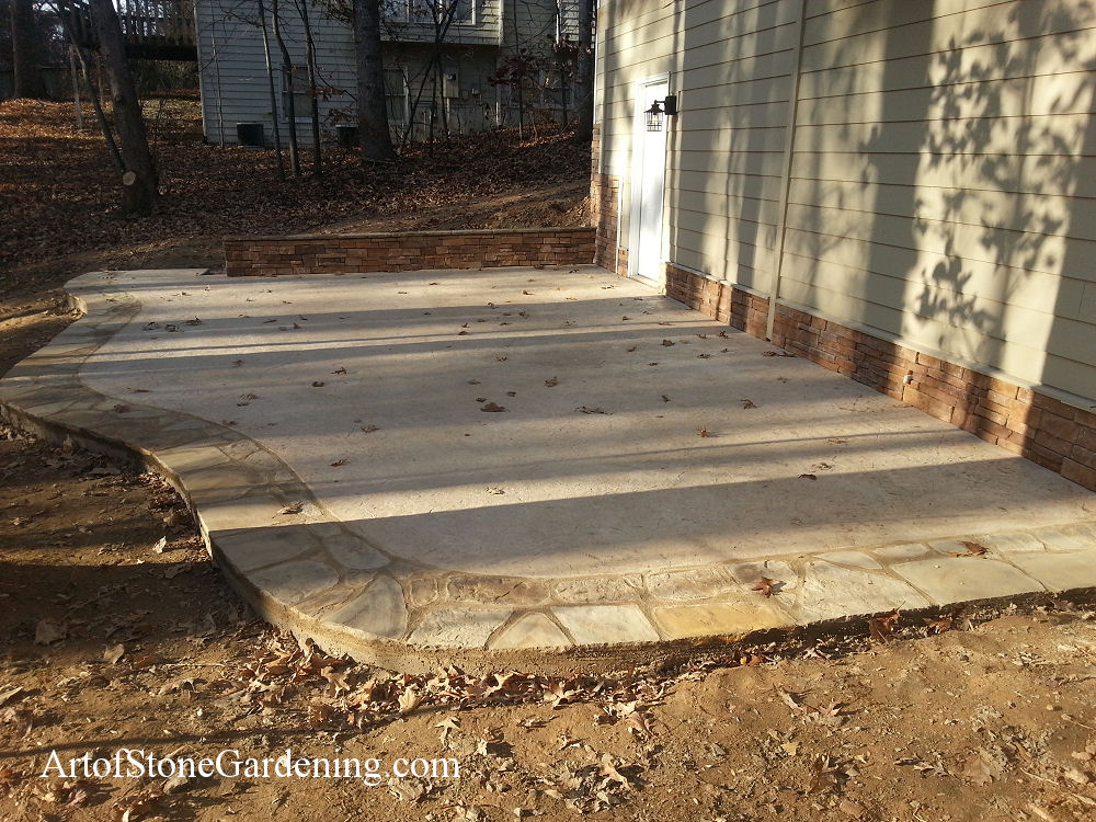 Concrete and stone patio in Dawsonville