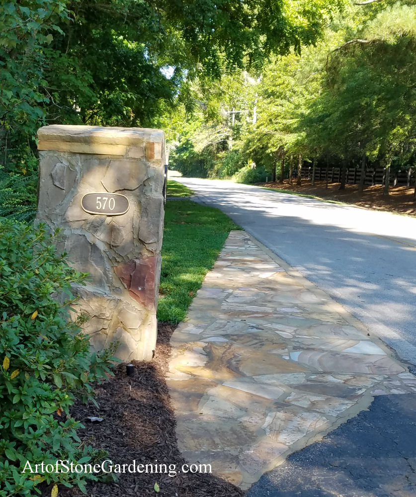 Flagstone entrance for mailbox
