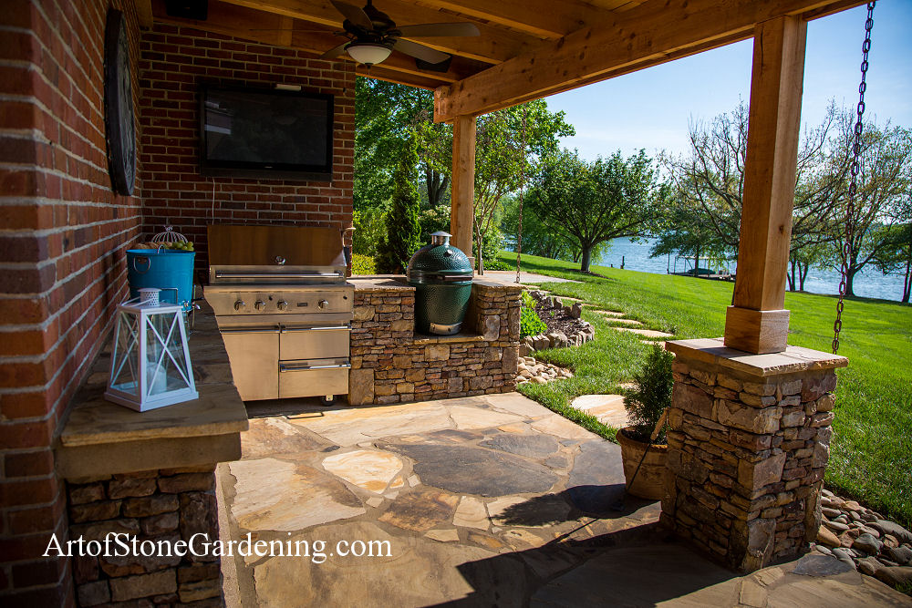 Outdoor masonry kitchen in Gainesville, GA