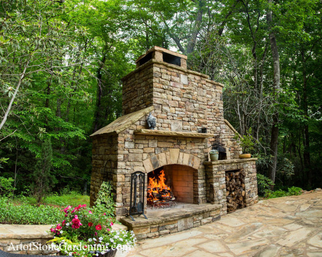 Fireplace and pizza oven in White county
